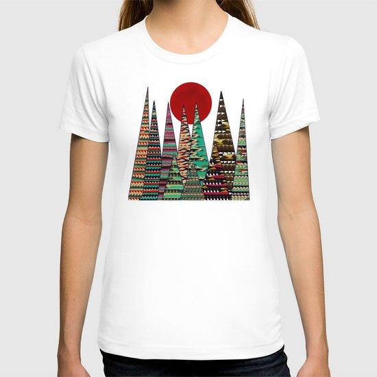 cinnamon moon T-shirt