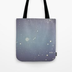 Snow falling down on me Tote Bag