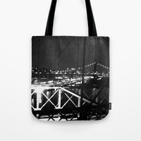 WHITEOUT : Standing 'Top… Tote Bag