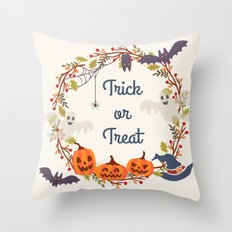 HALLOWEEN2 Throw Pillow