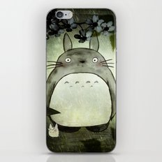 Totoro in the rain iPhone & iPod Skin