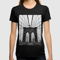 Brooklyn Bridge Womens Fitted Tee Tri-Black SMALL