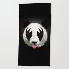 Kiss of a panda Beach Towel