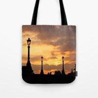 A sunset in Paris Tote Bag