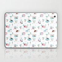 Summer houses Laptop & iPad Skin