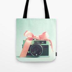 Retro Camera And Pink Bo… Tote Bag