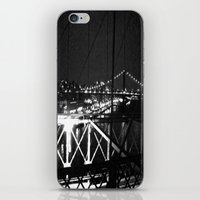 WHITEOUT : Standing 'Top… iPhone & iPod Skin