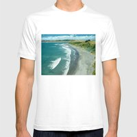 Raglan Beach, New Zealan… Mens Fitted Tee White SMALL