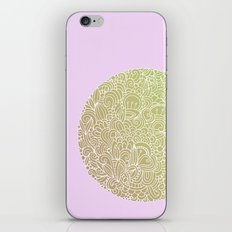 Detailed circle, gold rose iPhone & iPod Skin