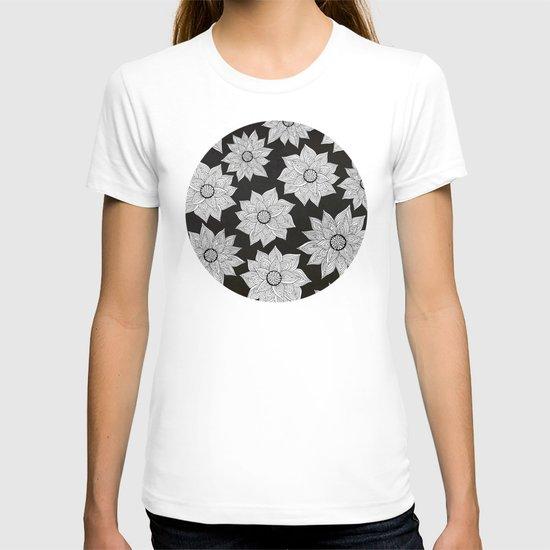 Elegant Flora T-shirt