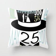 5K WEDDDING RUN Throw Pillow