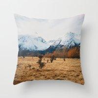 Peaceful New Zealand Mou… Throw Pillow