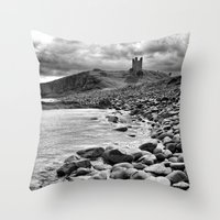 Castle-y rocks Throw Pillow