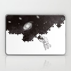 SOLVING THE BIG PUZZLE Laptop & iPad Skin