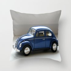 Volkswagen Classical Beetle (1967) Throw Pillow