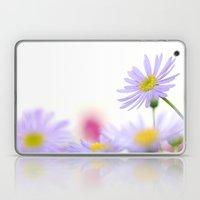 lone daisy I Laptop & iPad Skin