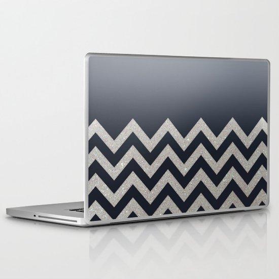 BLACK FADING SILVER CHEVRON Laptop & iPad Skin