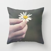 Flowers for your hair Throw Pillow