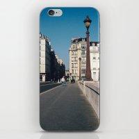 Perfect Day In Paris - I… iPhone & iPod Skin