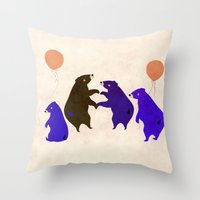 A sleepy bear party Throw Pillow
