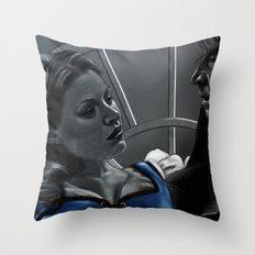 La Belle et la Bête Throw Pillow