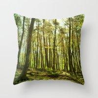 spring woods II Throw Pillow