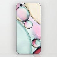 Aqua Fresh Bubble Abstra… iPhone & iPod Skin