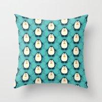 NGWINI - penguin love pattern 6 Throw Pillow