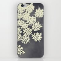 Black And White Queen An… iPhone & iPod Skin
