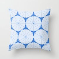 Snowflake Pattern Throw Pillow