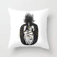 《魚蘿果的食素夢… Throw Pillow