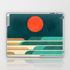 Chasing wave under the red moon Laptop & iPad Skin