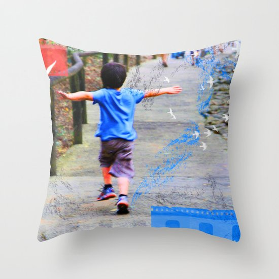 learning to fly 02 Throw Pillow