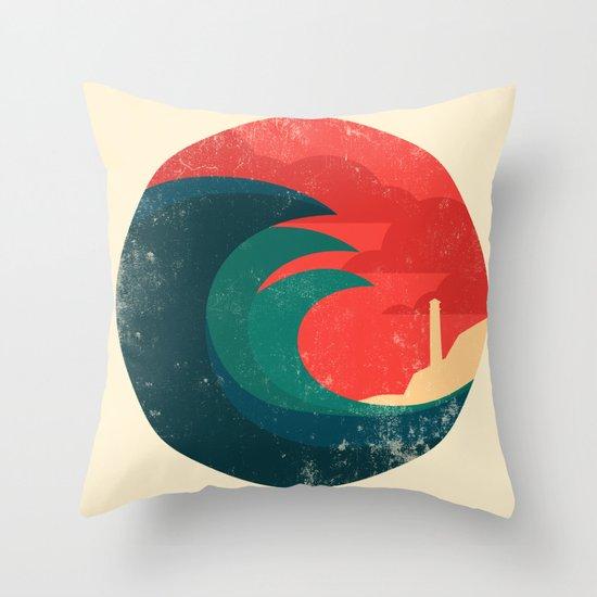 The wild ocean Throw Pillow