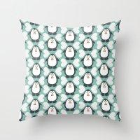 NGWINI - penguin love pattern 7 Throw Pillow