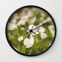 Tiny Flower Wall Clock