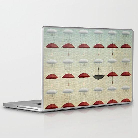 embracing the rain pattern Laptop & iPad Skin