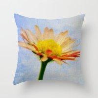 Daisy Texture Throw Pillow