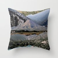 Mountains beyond mountains Throw Pillow