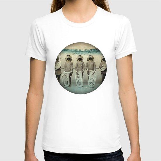 the diving bell Tuba quintet T-shirt