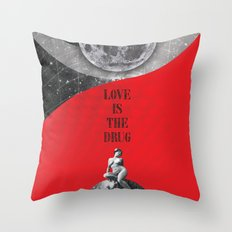 Love is the drug (Rocking Love series) Throw Pillow