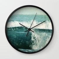 nouvelle vague Wall Clock