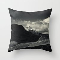 Sgùrr Nan Gillean And L… Throw Pillow