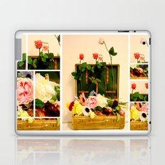 Travel happiness Laptop & iPad Skin