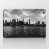 New York Skyline - Black… iPad Case
