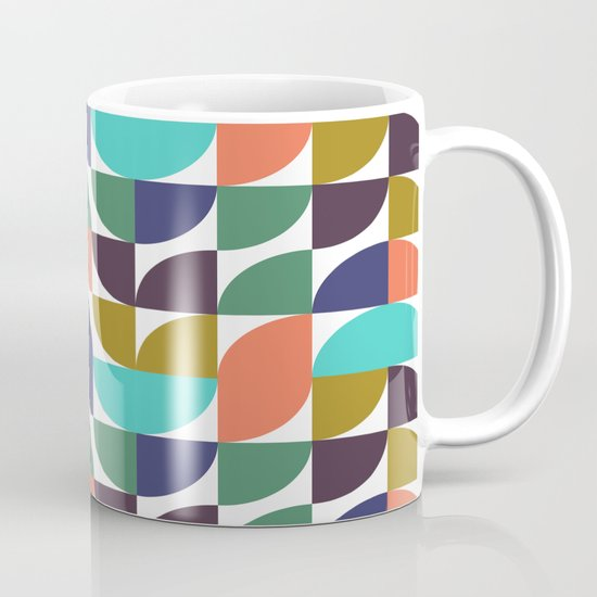 mod geo pattern Mug