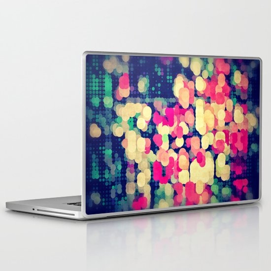 skyrt Laptop & iPad Skin