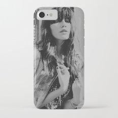 details iPhone 7 Slim Case