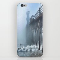 Foggy Morning At The Bea… iPhone & iPod Skin