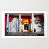 Help, There's A Lion Eat… Art Print